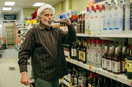 BS2-01603_CROP Billy Bob Thornton stars as Willie Soke in BAD SANTA 2, a Broad Green Pictures and MIRAMAX release. Credit: Jan Thijs   Broad Green Pictures / MIRAMAX