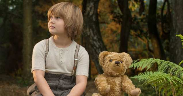 Goodbye-Christopher-Robin spry film review 6