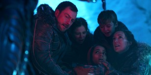 lost in space spry film review 7