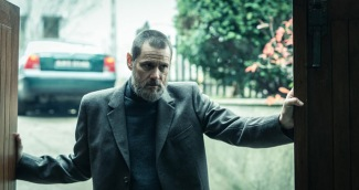 dark crimes spry film review 4
